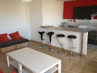 R sidence les colombes compiegne colocation - Table cuisine americaine ...